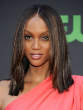 Tyra Banks Straight Shoulder Length Hairstyle Hair Styles Hair Color For Dark Skin Shoulder Length Straight Hair Tyra Banks Hair