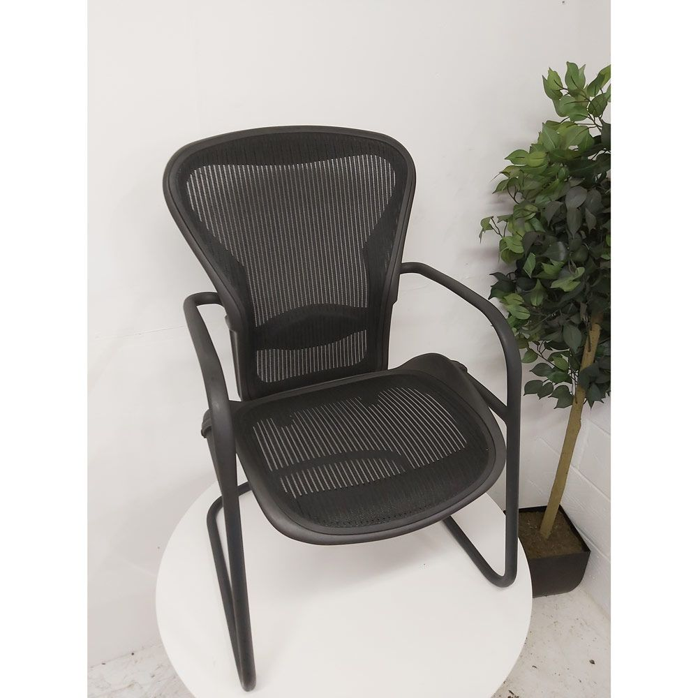 Second Hand Herman Miller Aeron Meeting Chair Chair Famous