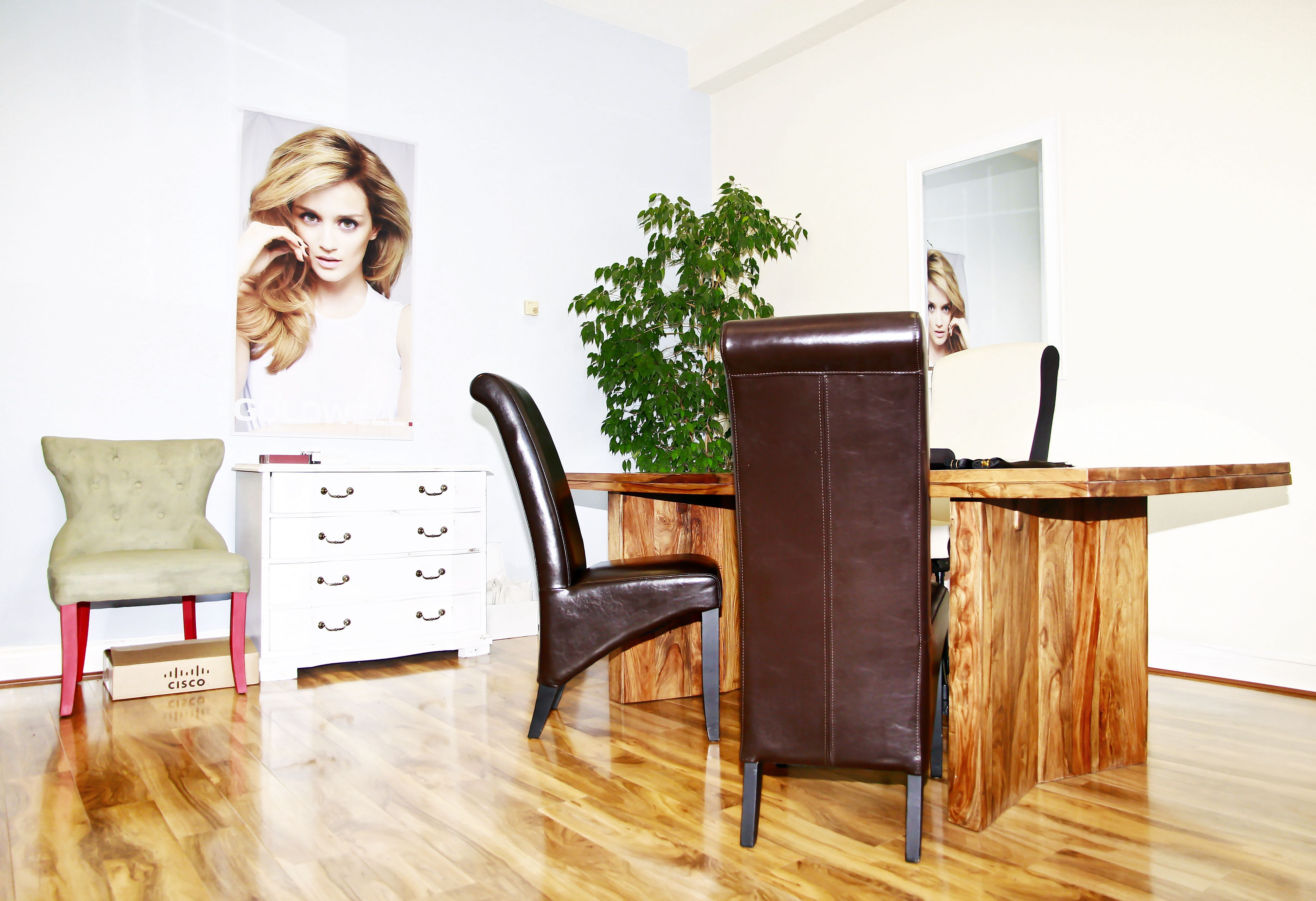 Our London Salon Located In Barnet Offers Non Invasive Solutions To Women Affected By Alopecia Trichotillomania Or Hair Loss Hair Loss Remedies Help Hair Loss