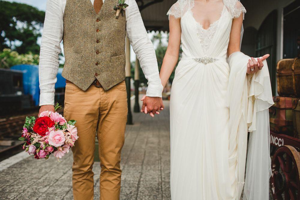 un mariage dans la campagne anglaise mariage mariage champetre costume mariage et costume. Black Bedroom Furniture Sets. Home Design Ideas