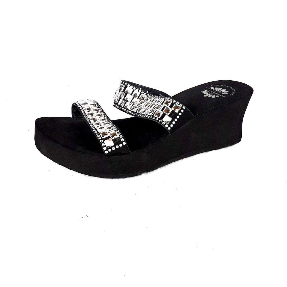 5e9614b36f6e4 Yellow Box Sandals Flip Flops Wedges Women Size 10 Hedia Rhinestones Black   YellowBox  PlatformsWedges  Casual