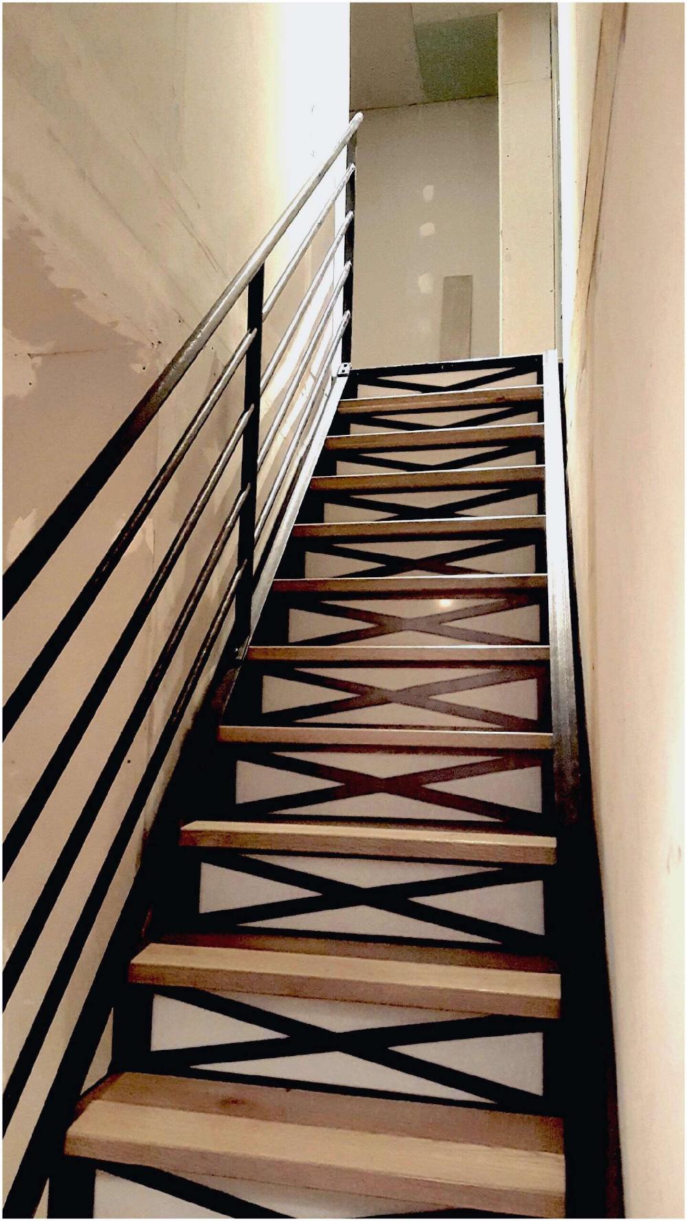 Rampe Et Cloison Claustra Escalier Lapeyre Recherche Google Escalier Bois Escalier Bois Metal Escalier