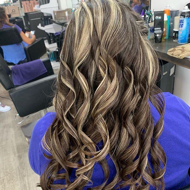 https//ift.tt/2nAyoXU Hair and beauty salon, Salon hair