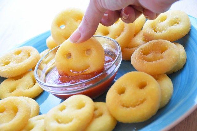 Le faccine di patate sono una ricetta da tenere ben a mente per fare colpo sui più piccoli. Ecco come prepararle