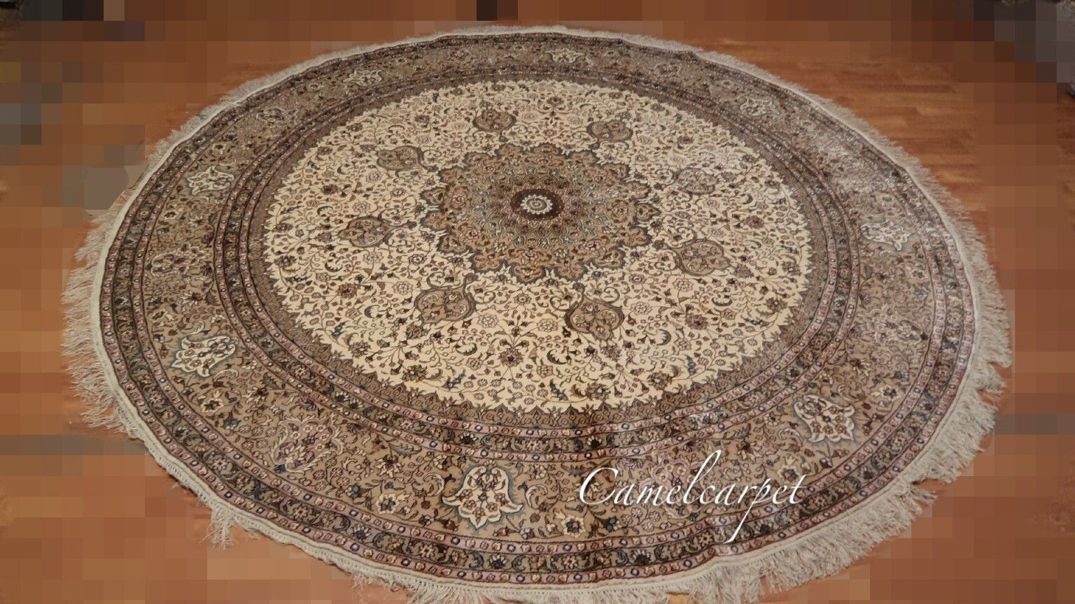 8x8 Foot Round Silk Carpet For Sale 100 Hand Kontted Central