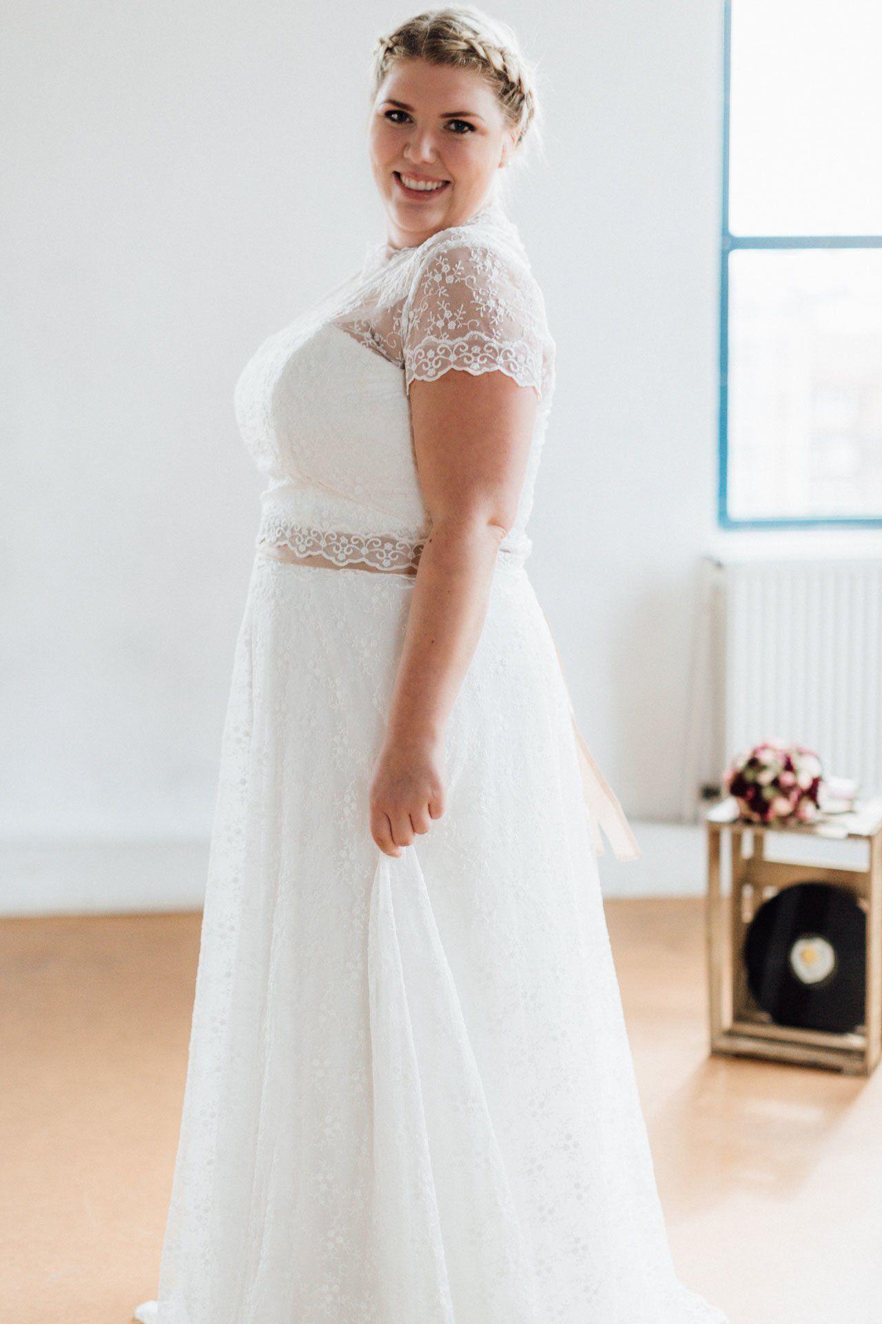 Brautkleider In Grosse 48 8211 50 8211 52 Hochzeitskleider Vintage Braut Hochzeitskleid
