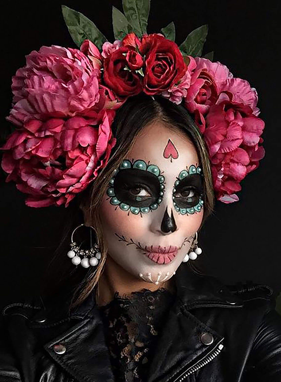 Photo of Día De Los Muertos makeup ideas for Halloween | Sydne style
