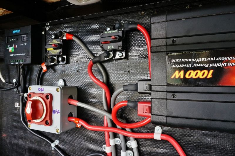 Rv battery wiring workmanship wire center upgrading my rv battery bank and 12 volt system pinterest solar rh pinterest com rv battery connections rv battery disconnect wiring publicscrutiny Choice Image