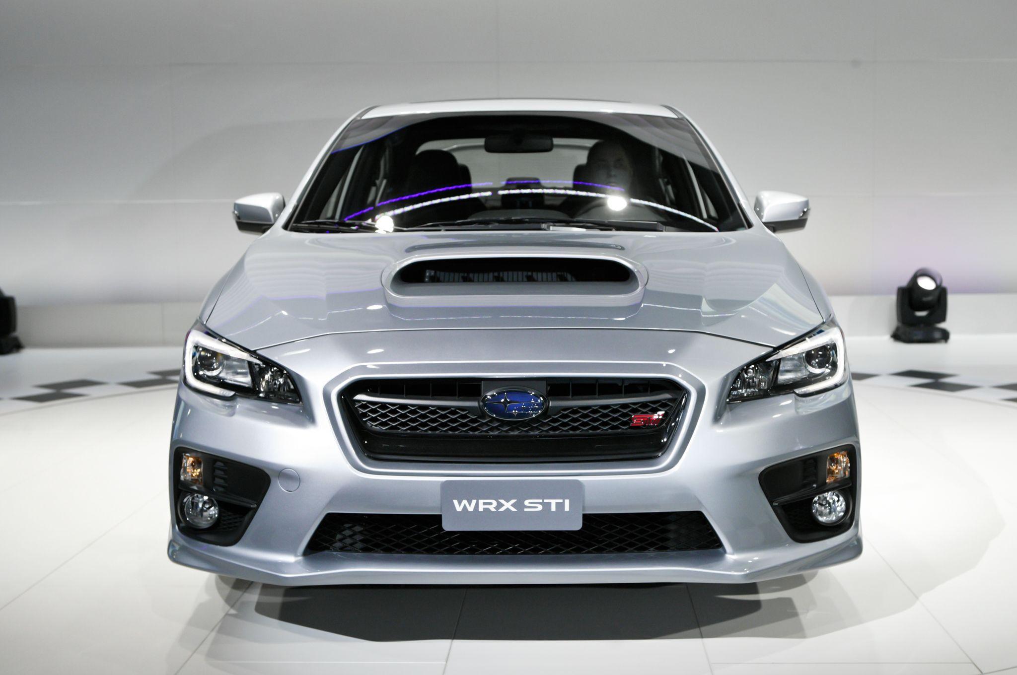 2015 Subaru WRX STI Front Three Quarter 03 25