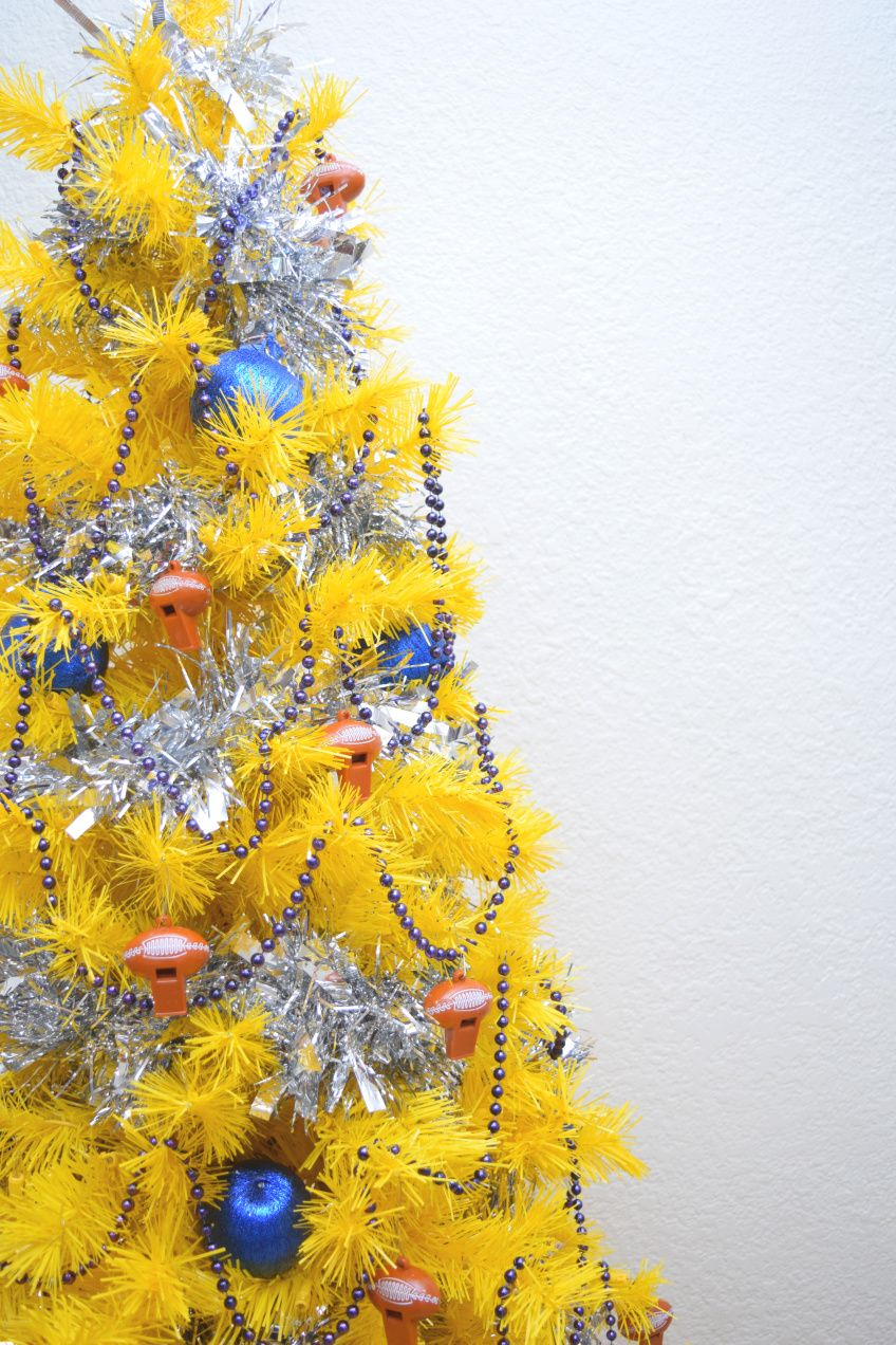 Party Perfect Rams Or Patriots Themed Super Bowl Christmas Tree Colorful Christmas Tree Decor Colorful Christmas Tree Christmas Tree Themes