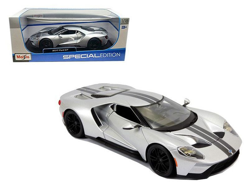 Ford Gt Silver  Cast Model Car By Maisto