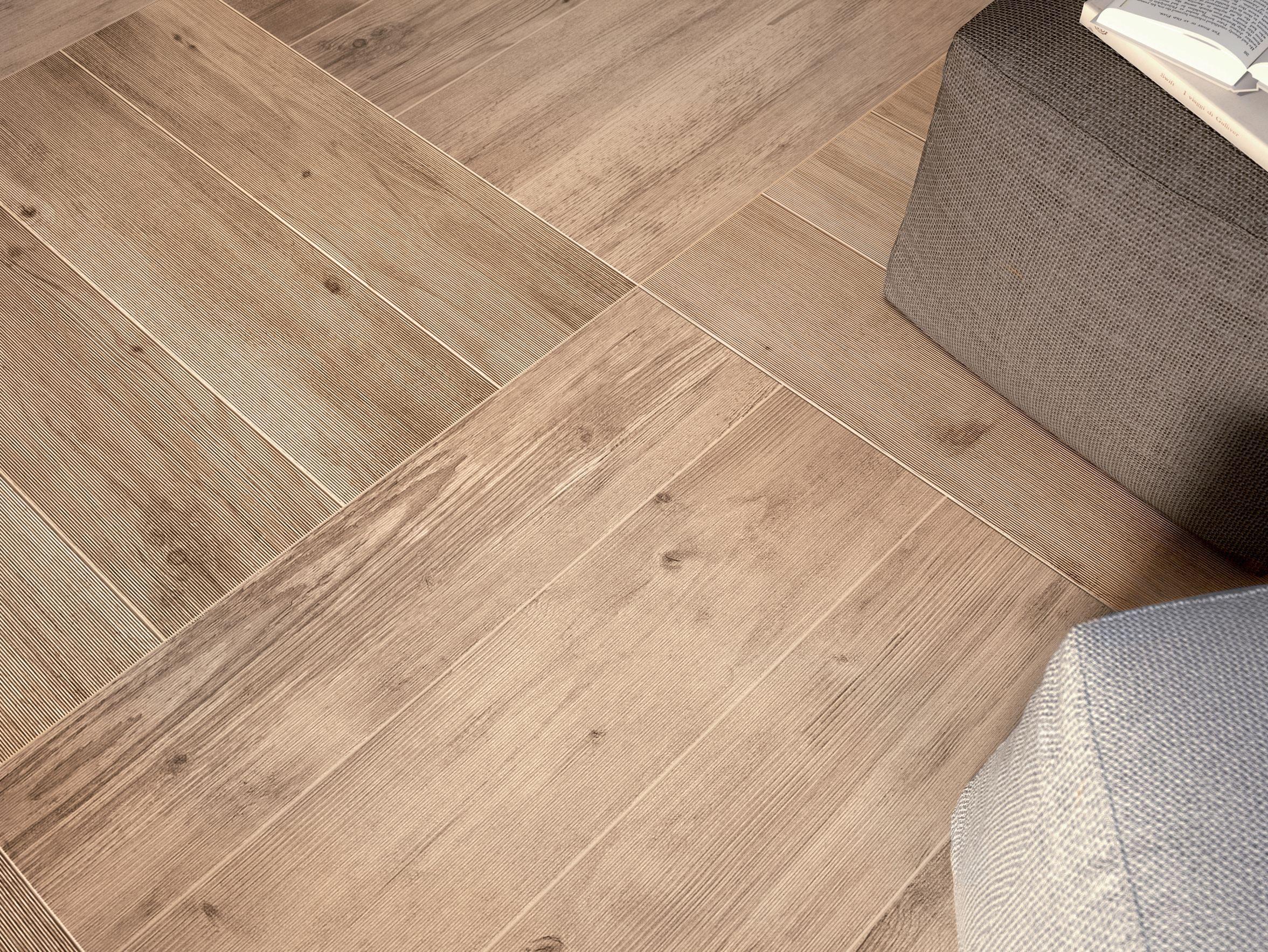 revestimiento de paredsuelo de gres porcelnico imitacin madera larix by ariana ceramica italiana - Suelos Ceramica Imitacion Madera