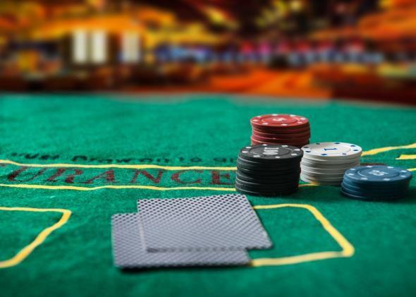 FT-150414-poker