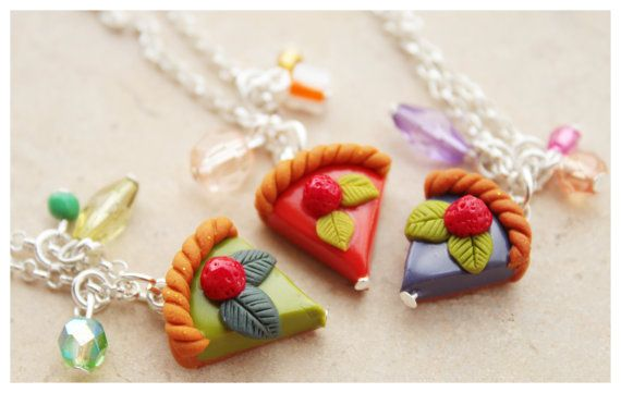 Hey, I found this really awesome Etsy listing at https://www.etsy.com/listing/169632937/cake-necklace-polymer-clay-fimo