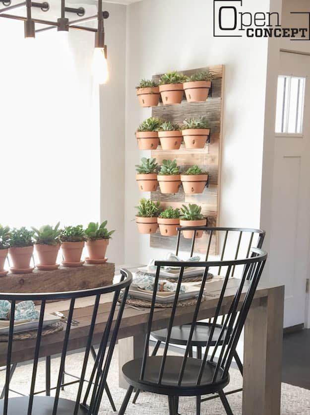 Super Cool Reclaimed Wood Craft DIY Ideas Reclaimed Wood - Cool diy wall planter