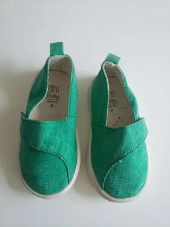 Tenisowki Pantofle Ciapy Zara Baby Rozmiar 19 Krakow Podgorze Duchackie Olx Pl Baby Shoes Shoes Fashion