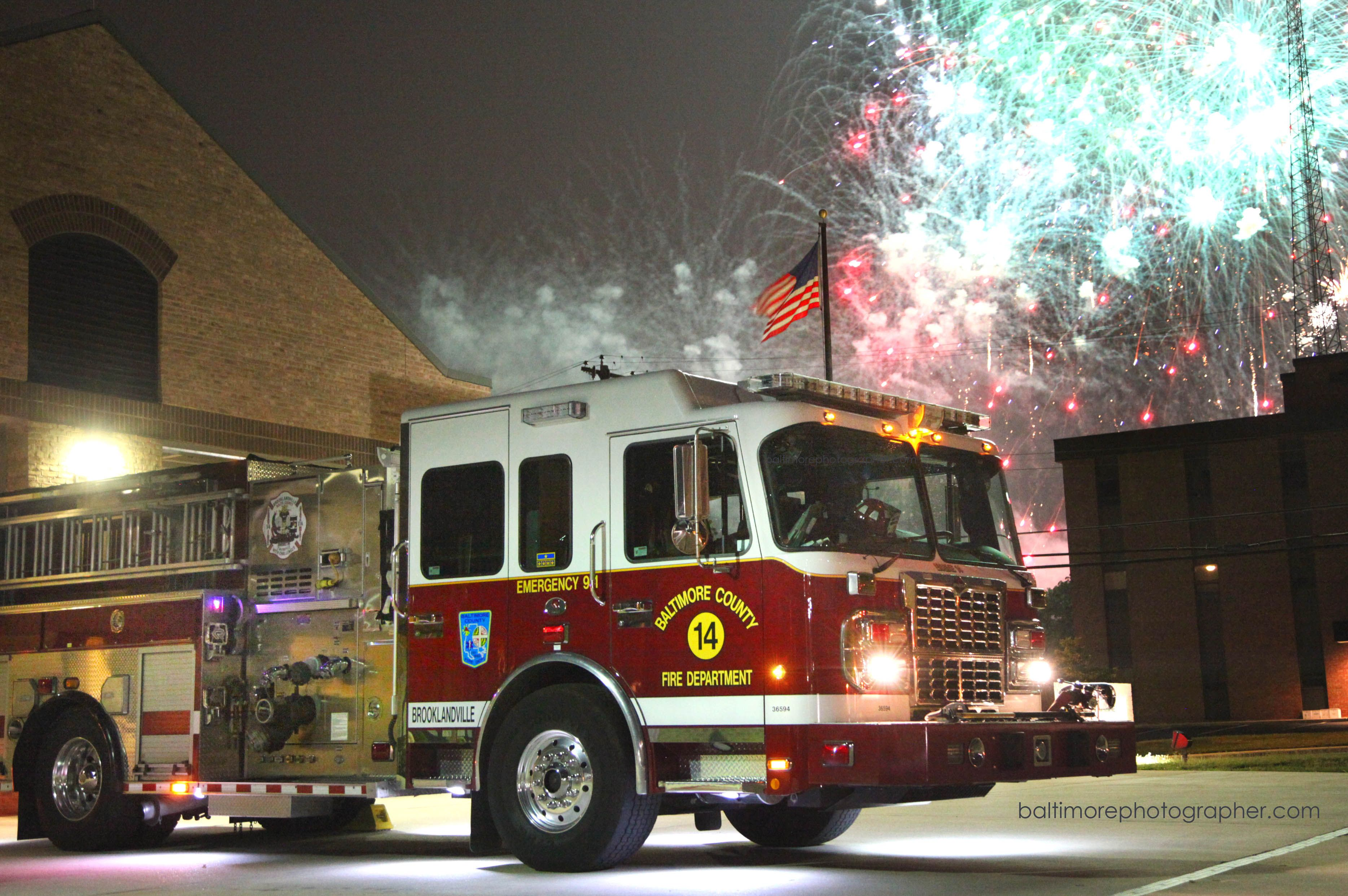 Fireworks Over Firehouse 4th Of July Surprise Image Appears After Long Day Of Hot Storm Repair Fire Trucks Fire Engine Fire Rescue