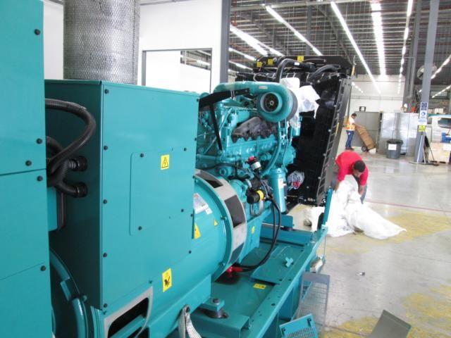 Cummins Electric Generator Model C350, Serie: E16K961738 | Salvex