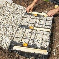 Aménager son jardin : installer un escalier droit en kit en ...