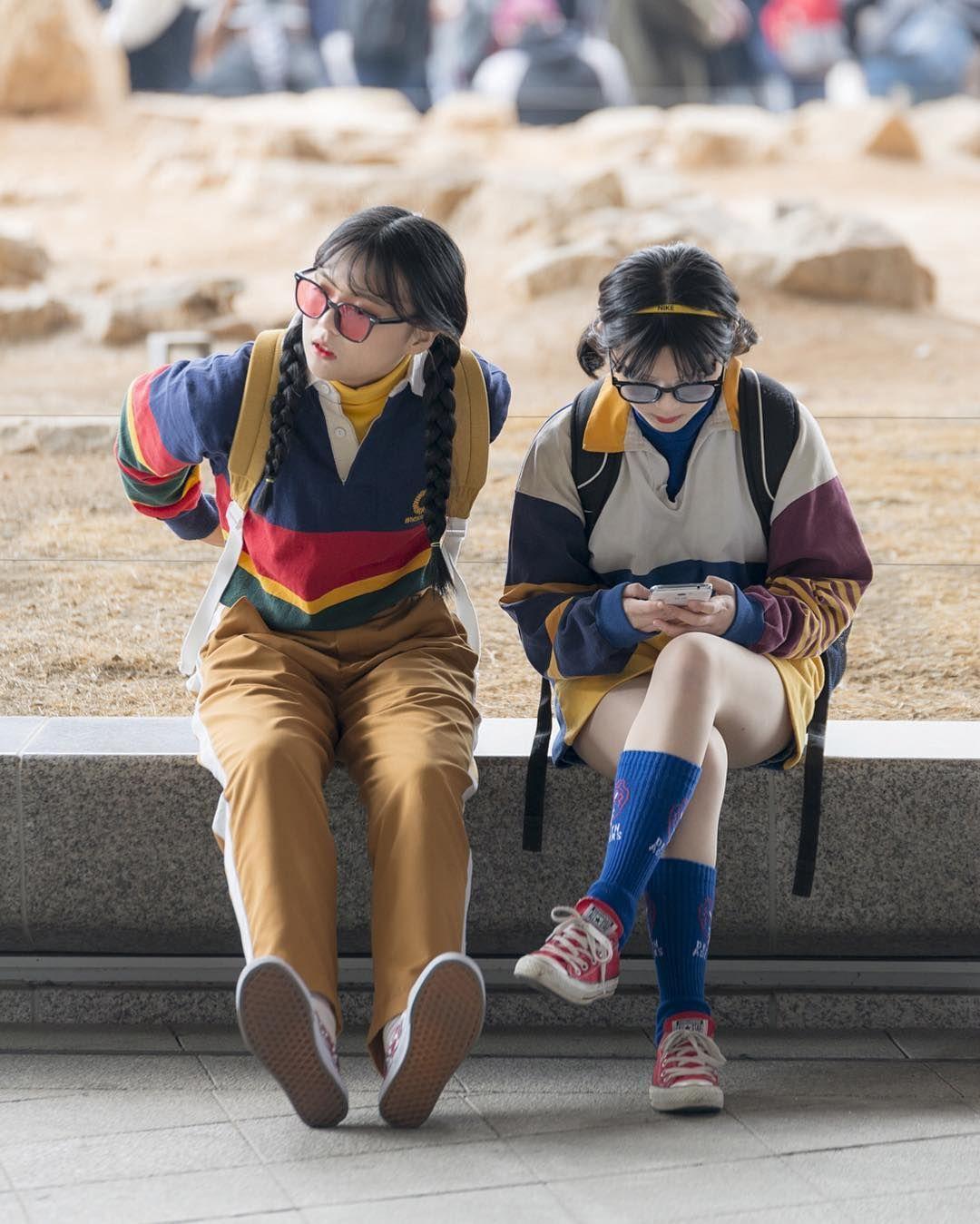 . #출사 #사진 #dslr #스냅 #니콘 #photo  #camera #nikon #소통 #캔디드 #candid #seoulfashionweek #fashionweek #sfw #서울패션위크 #패션위크 #스트릿 #스타일  #옷 #패션 #ddp #동대문디지털프라자 #fashion  #style #street #맞팔 #좋아요 #f4f by k_h_road