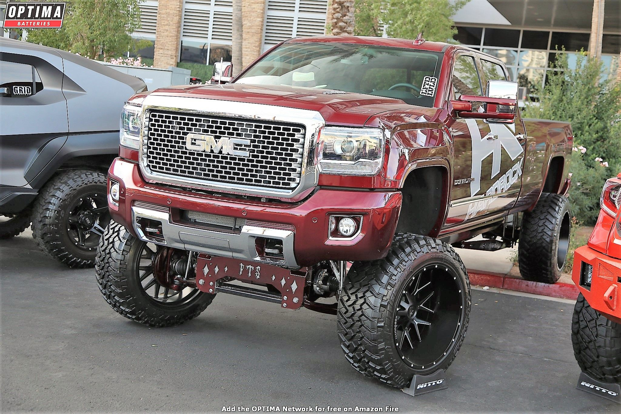 Gmc Denali Hd At Sema 2017 Lifted Trucks Gmc Trucks Lifted