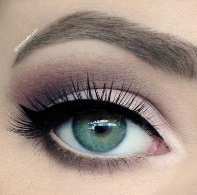 subtle purple  plum makeup makeup for green eyes matte