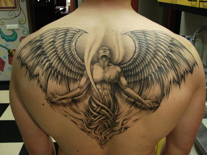 Tatouage Homme Ange Gardien Dos Kq1i3 Tatouage Tattoos Angel