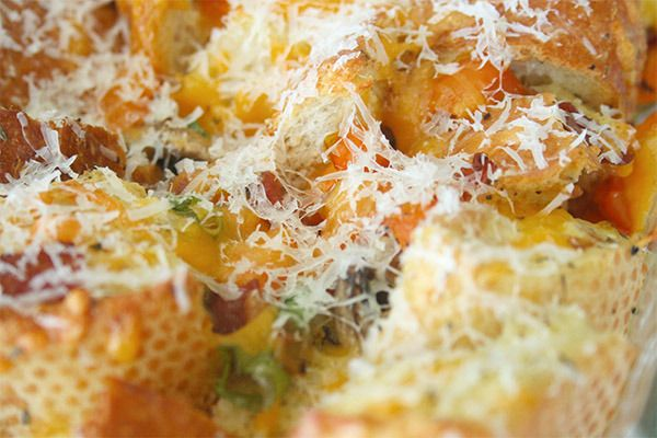 Bacon 'n Eggs Bread Pudding for #BreakfastforDinner #SundaySupper | gotta get baked