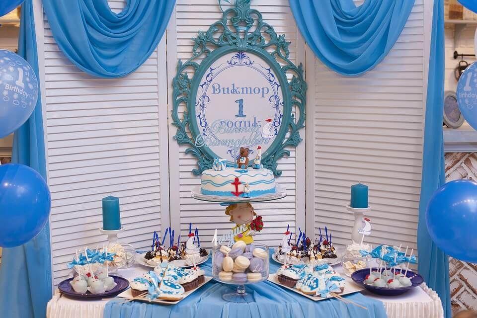 Mesas dulces, candy bar, sweet tables, mesa de chuches, decorar mesas dulces, decoración fiestas, decoración bautizos,decoración comuniones.