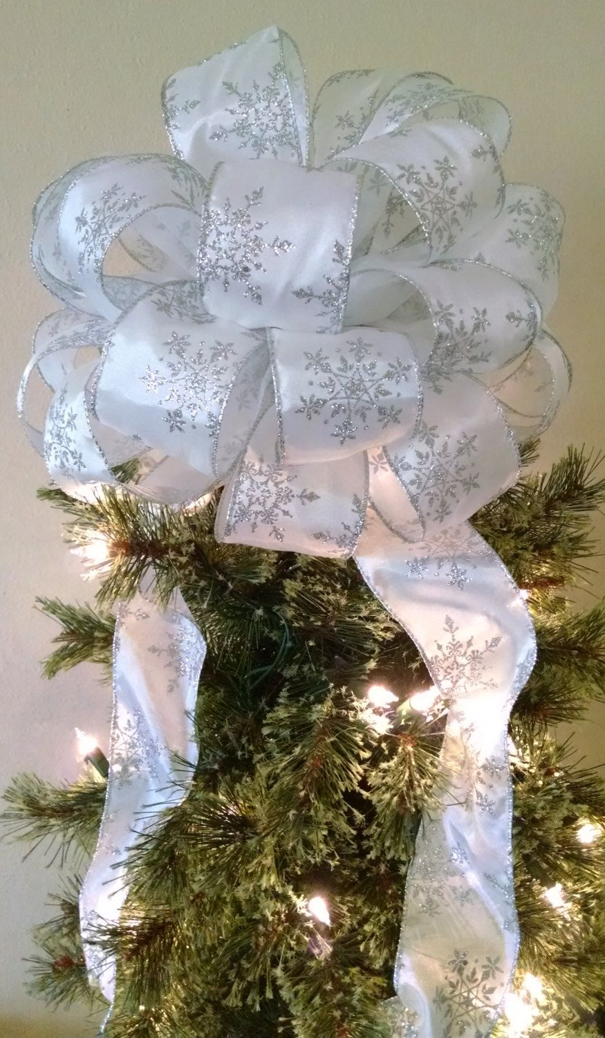 White With Silver Snowflake Tree Topper Bow Snowflake Tree Etsy In 2020 Diy Christmas Tree Topper Diy Tree Topper Christmas Tree Bows