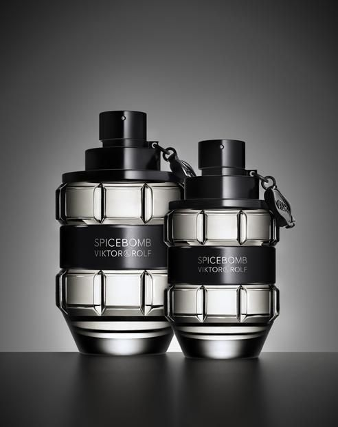 Parfum Homme Victor Rolf Spicebomb A Prix Promo Oiabeaute Parfum Homme Flacons De Parfum Parfum