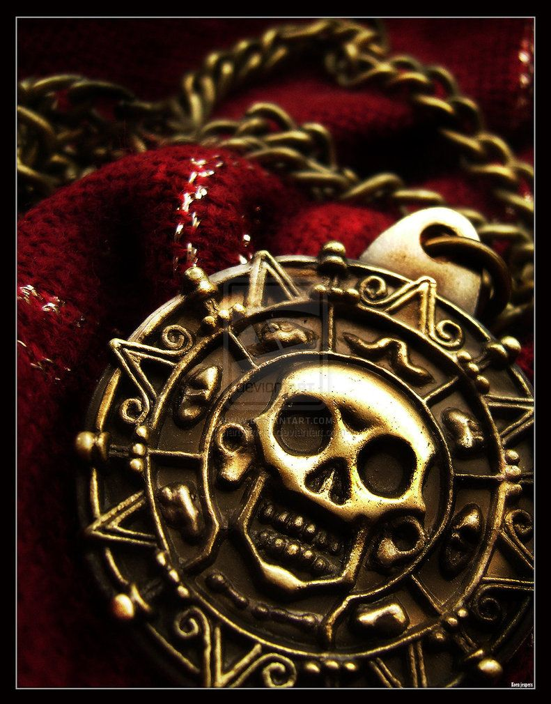 Cursed Aztec Gold Medallion From Curse Of The Black Pearl