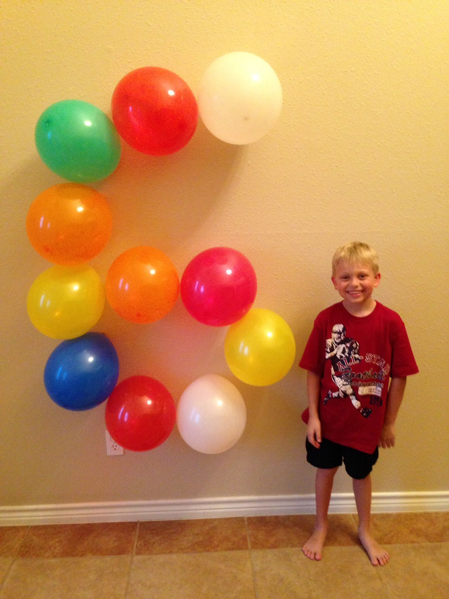 My son turned 6 years old Take a picture of ballons shaped as the
