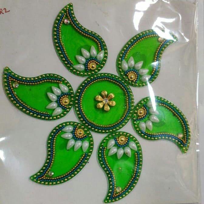 Beautiful rangolis! 💖✨🎆🎇 Size: 8 inch x 8 inch 🌺 DM/comment for details. ✌ . . . Follow : @craftssanctuary🔥 . .