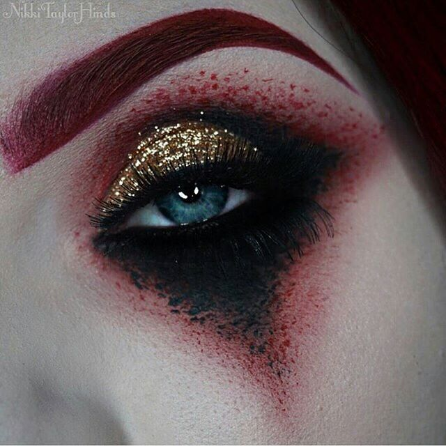 DIY Halloween makeup #gothic #gothicmakeup