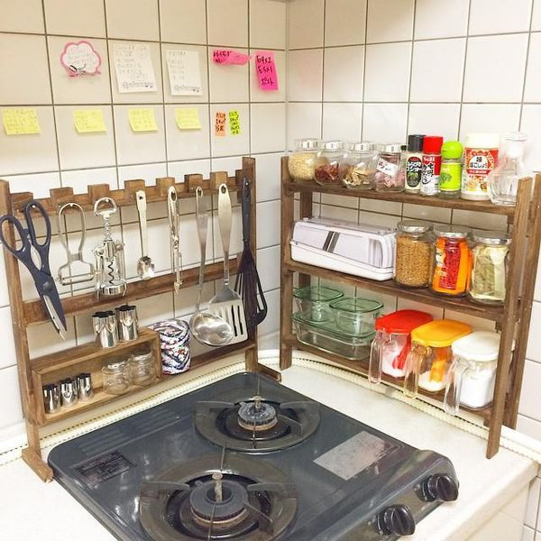 Japan Small Kitchen Design: Diy-rack-small-japanese-kitchen