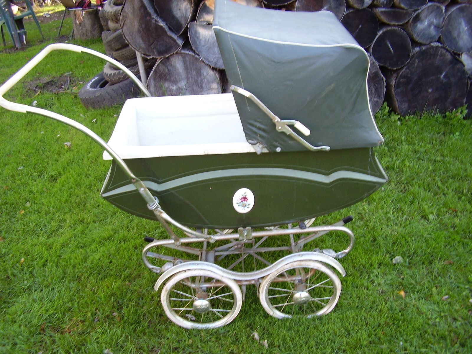 Stroller With Built In Bassinet 50s 60s Vintage Doll Carriage I Want One For My Princess