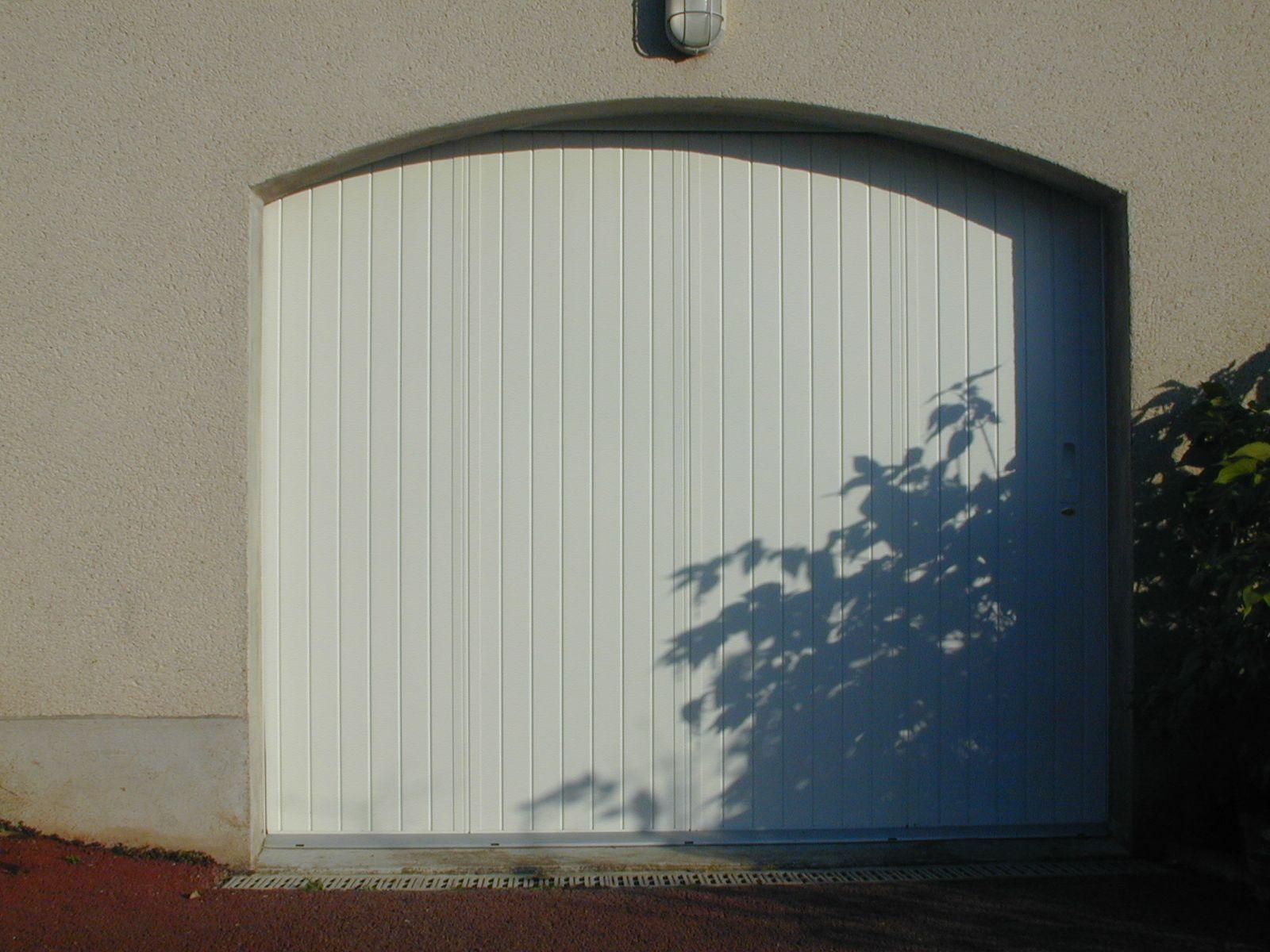 Modele Norvege Porte Garage Parement Mural