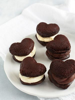 Cranberry Island Kitchen Heart Whoopie Pies