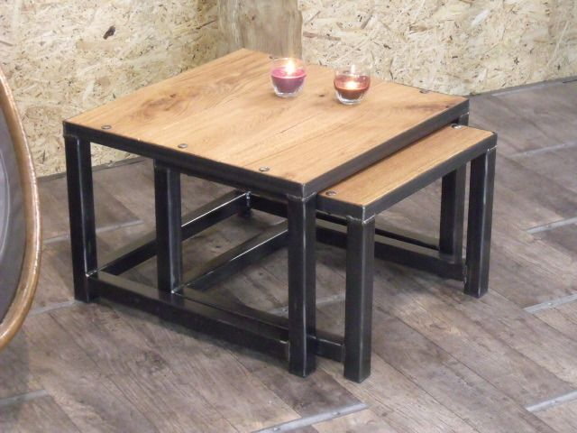 table gigogne bois et m tal au design industriel m taux design et tables. Black Bedroom Furniture Sets. Home Design Ideas