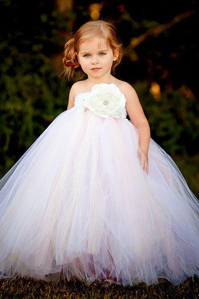 1000  images about Flower girl on Pinterest  Flowergirl dress ...