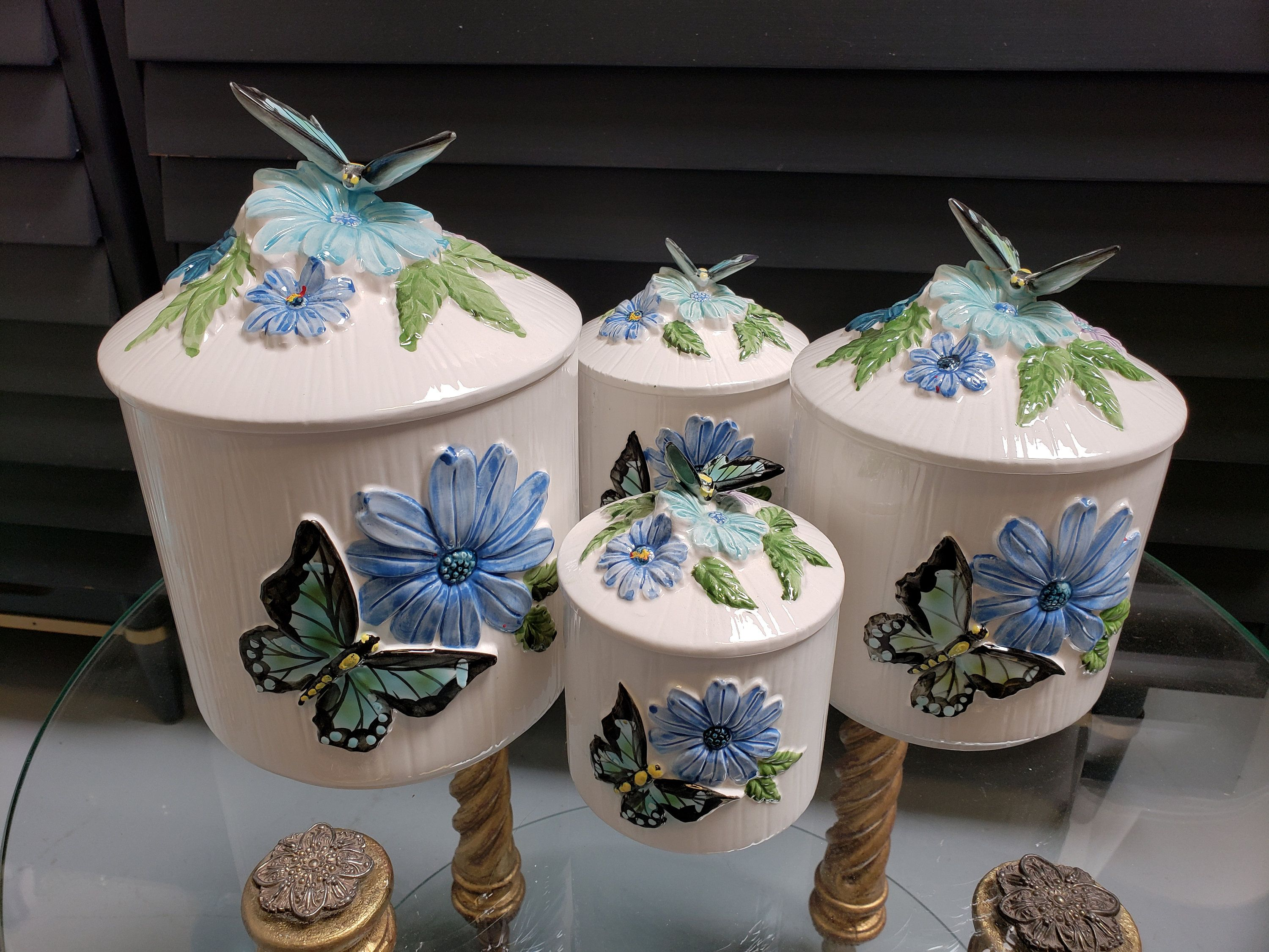 Ceramic Butterfly Canister Set Mid Century Canister Set Set Of 4 Butterfly Kitchen Decor Japan Ceramic Canisters Vintagesouthwest Ceramic Canister Set Ceramic Canisters Canister Sets