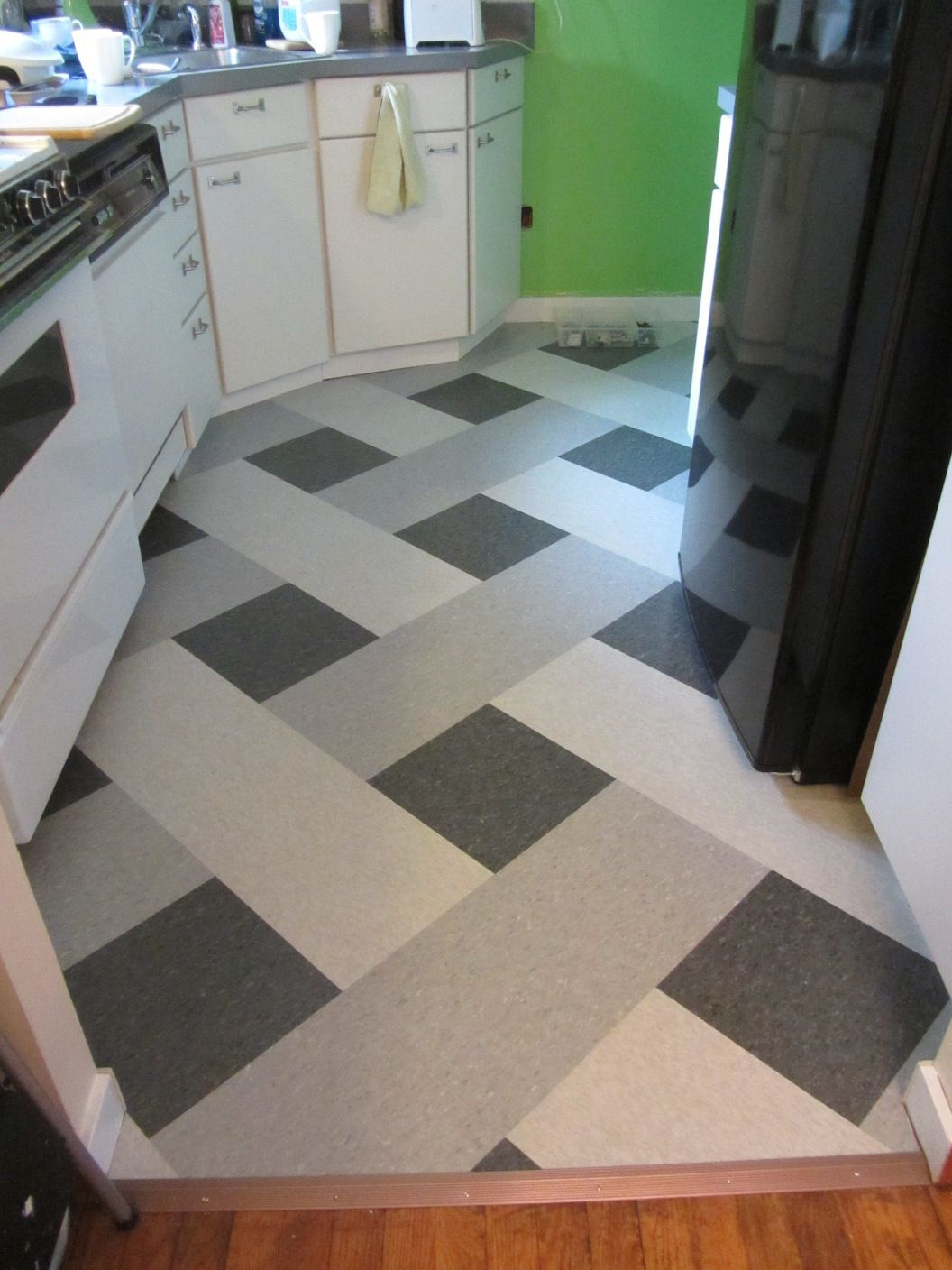 Kitchen floor tile colors used i think floor patterns cute vct floor pattern dailygadgetfo Gallery
