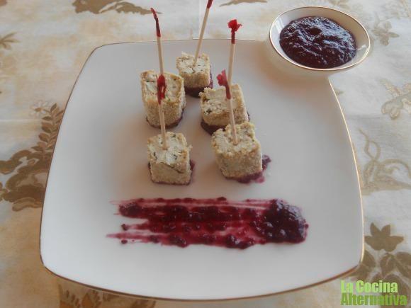 delicias de tofu con salsa de moras