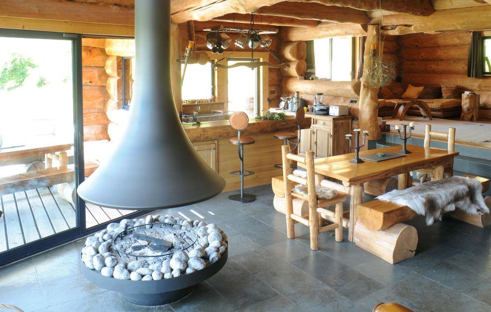 Découvrez quelques-unes de nos réalisations de cheminées modernes ...