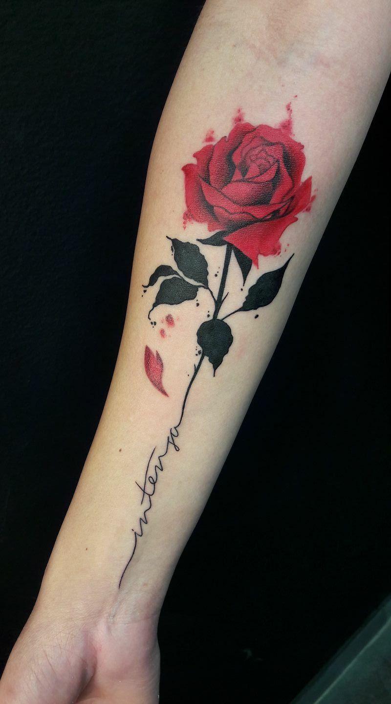 Trabalho Maravilhoso Da Tatuadora Aline Bassani De Americana Tatuajes Elegantes Hermosos Tatuajes Tatuajes De Rosas Rojas