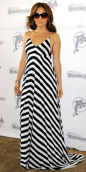 Jennifer Lopez 2010 Wears Alc Gown In Miami Florida