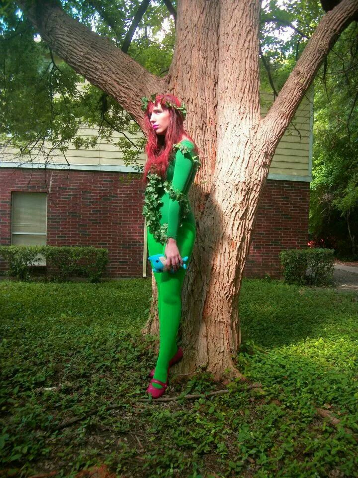 Easy Poison Ivy costume Great for last minute Halloween or ...