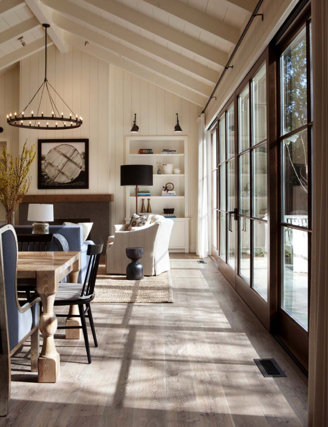 Photo of Rustic-chic farmhouse style dwelling in Northern California