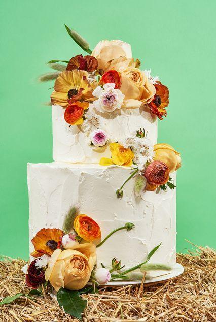 3 beautiful wedding cake hacks that will save you money cake hacks dream wedding solutioingenieria Gallery